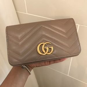 AUTHENTIC GUCCI MARMONT CROSSBODY / WOC BAG